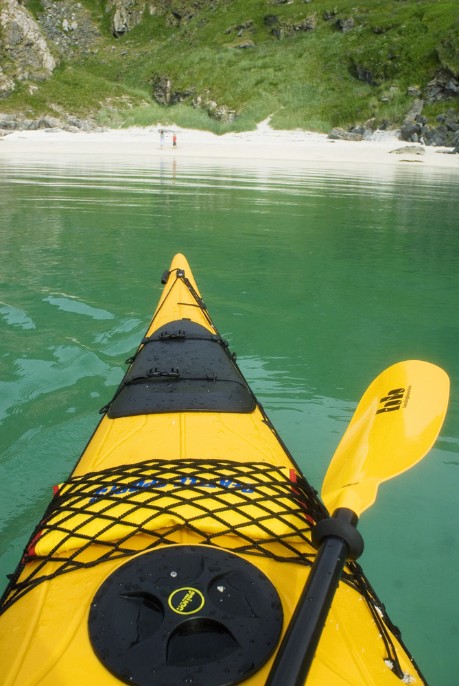 Kayaking in Sommarøy. Photo: © C.H. and VisitNorway.com. Unauthorized use is prohibited.
