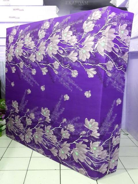 Kasur inoac motif bunga alya ungu