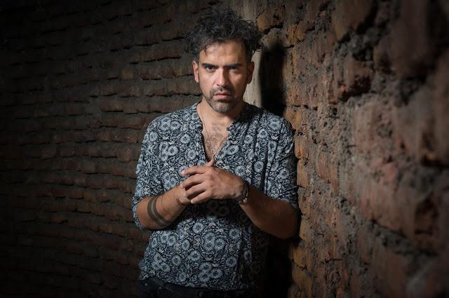 Fernando Milagros: La energía del desacomodo
