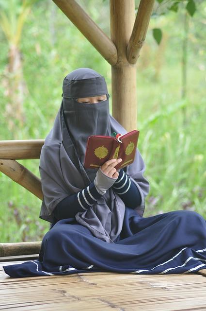 20+Kata Kata Cinta Islami Bahasa Sunda Menyentuh Qolbu