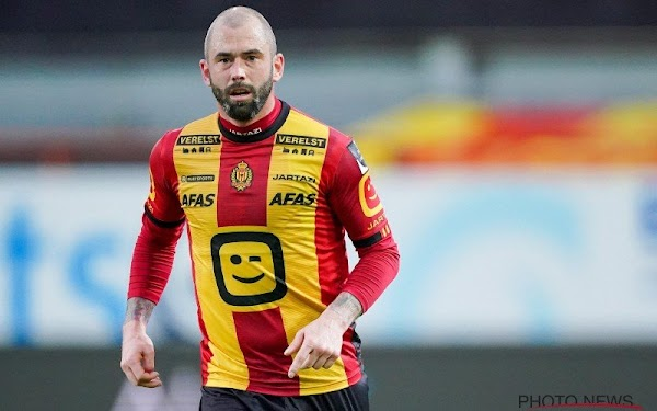 Oficial: Mechelen, Defour se retira al final de temporada