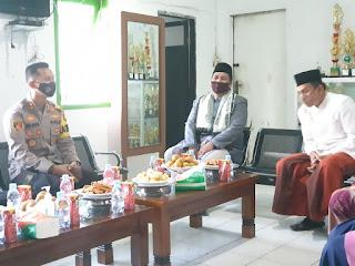 Perkuat Tali Silaturahmi, Kapolres Enrekang Kunjungi Ketua MUI Kabupaten Enrekang