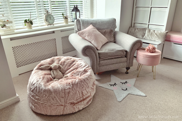 Dusky blush rose pink and grey lounge sitting room