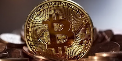 Drug dealer loses $60m bitcoin fortune after landlord accidentally threw away his codes