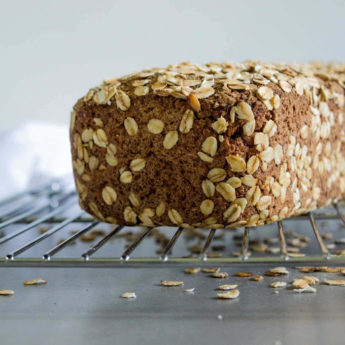 Golden Honey Oat Bread Recipe