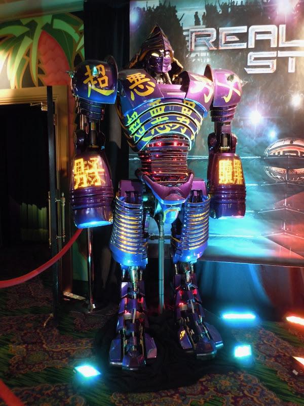 Noisy Boy robot Real Steel