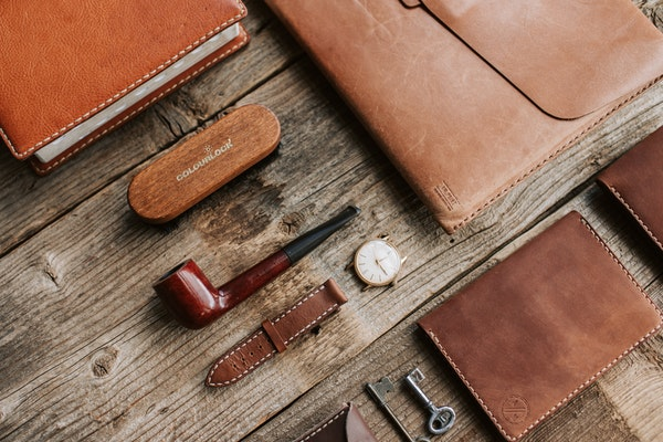 About Men's Slim Wallets