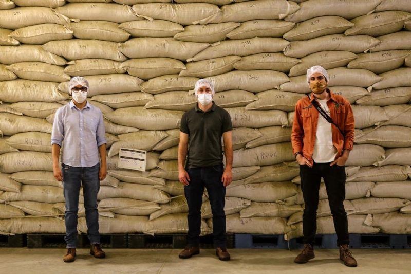 Turvo realiza o primeiro carregamento de erva-mate para exportação