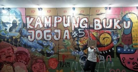 Dari Empelu Sampai Yogyakarta; Penggalan Kisah Mencintai Buku