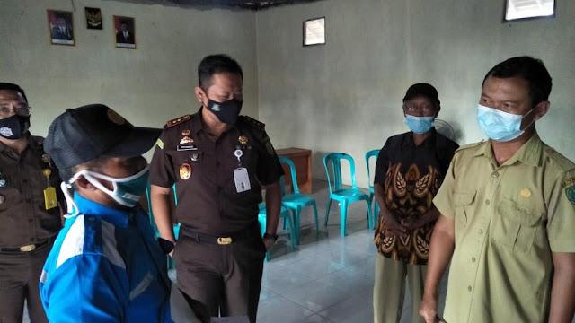 Mantapkan Program Mitra Binaan Food Estate, Kajari Pulpis Sambangi Desa Gadabung