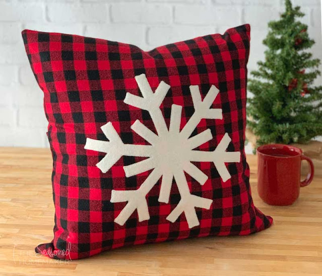 diy snowflake christmas pillow