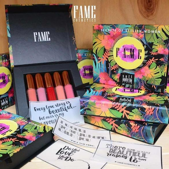 Fame cosmetic travel kit