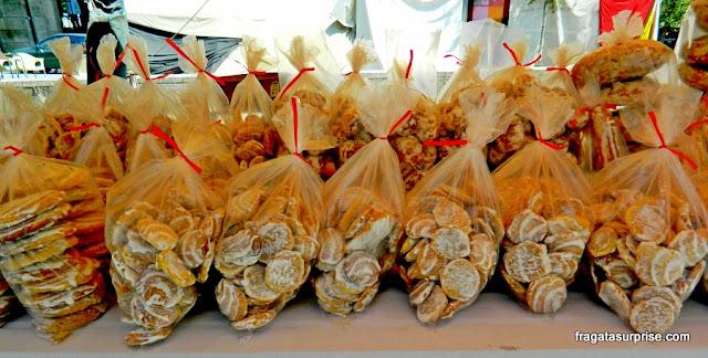 Biscoitinhos de gema de Amarante, doces típicos de Portugal