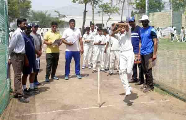 जिला क्रिकेट एसोसिएशन की और से अंडर-14 क्रिकेट टीम ट्रॉयल में 288 बच्चो ने लिया भाग :  रजत भाटिया