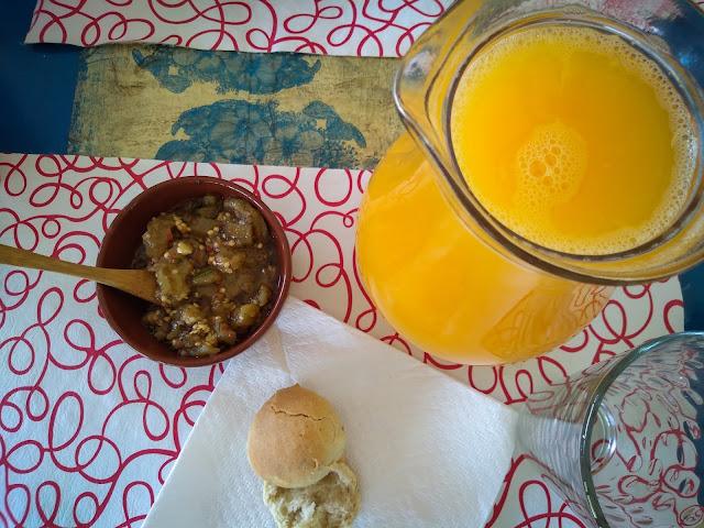 Lunchtime: orange juice in Salta, Argentina
