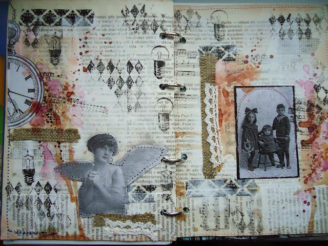 w nostalgicznym stylu retro, postarzanie papieru, stemple