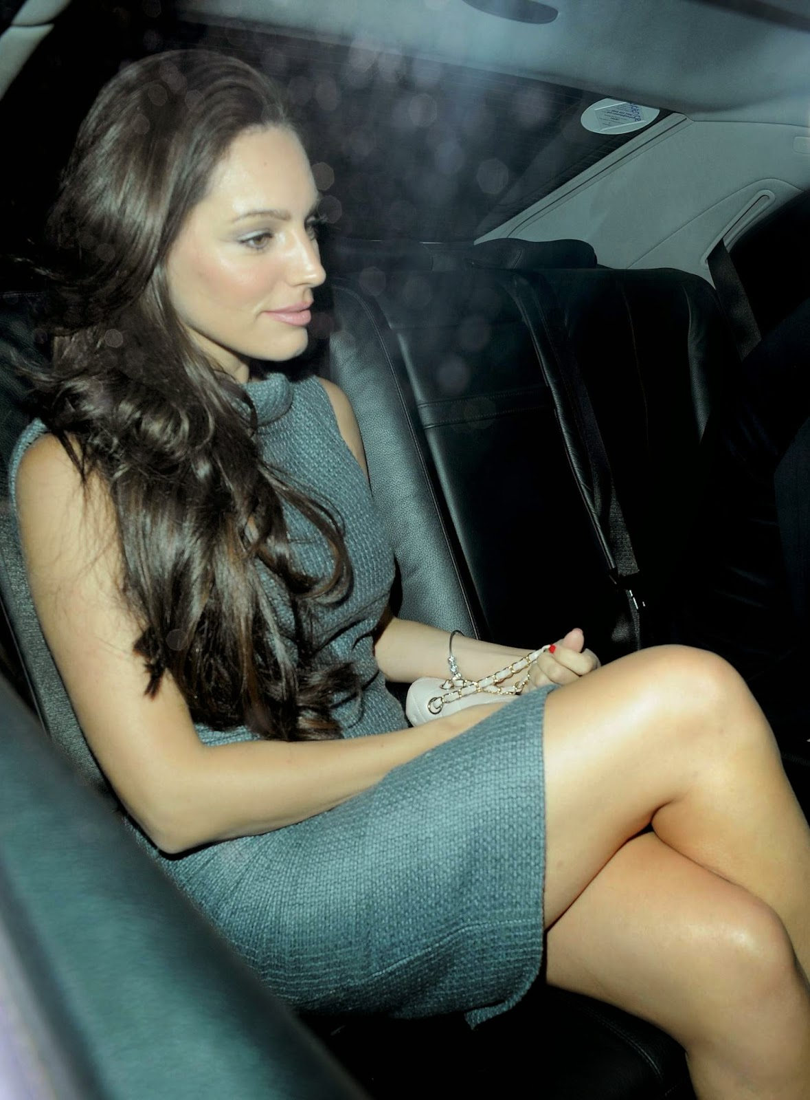 Kelly Brook Candids in London - Hot Celebs Pictures