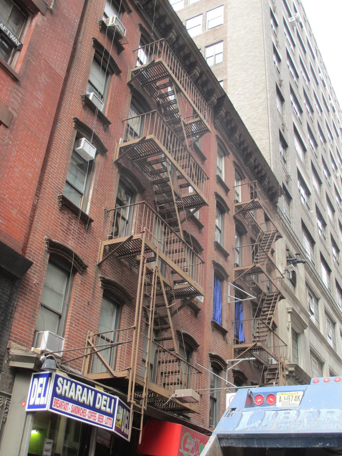 China Town Fire Escape Scrape Amp Painting New York 917