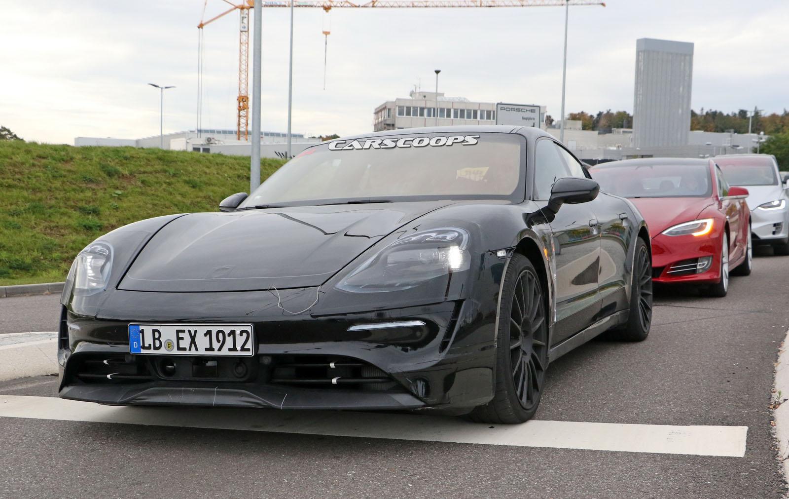 Porsche-MissionE-19