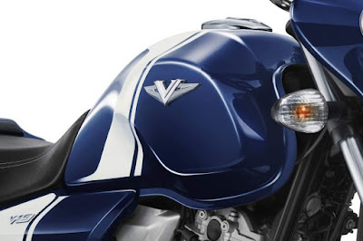 Bajaj V15 blue fuel tank