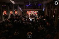 festa de 15 anos realizada no salão dos espelhos do clube do comércio na rua da praia rua dos andradas em porto alegre com decoração de luxo telão de led que abriu para a aniversariante passar organizado por fernanda dutra cerimonialista em porto alegre