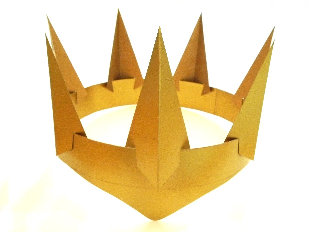 Esselle Crafts: Gold Evil Queen Crown