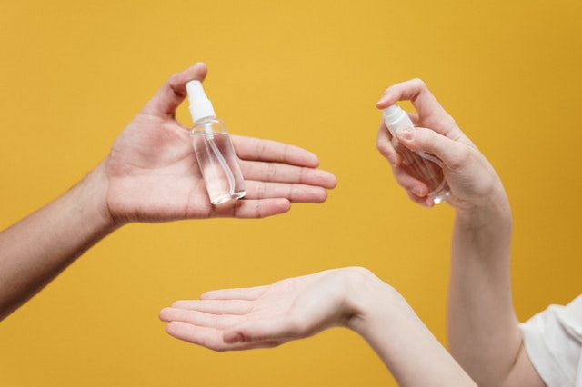 People Are Drinking Hand Sanitizer, At least 4 to Die ?
