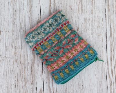 fair isle knitted purse