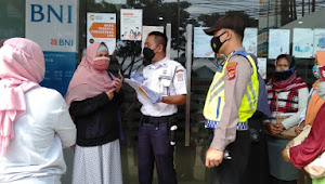 Personil Sabhara Polsek Rancaekek Polresta Bandung, Imbauan Protokol 5M di Bank BNI
