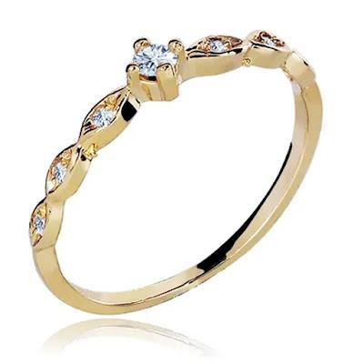 anel-de-noivado-romantico