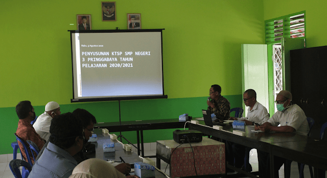 Pedoman Pelaksanaan Kurikulum Pada Satuan Pendidikan dalam kondisi khusus