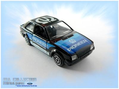 Ford Escorte de solido