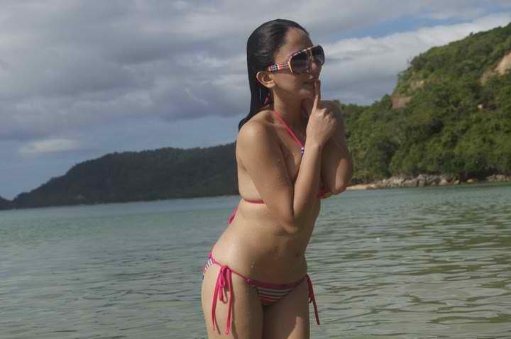 katrina halili sexy bikini pics 02