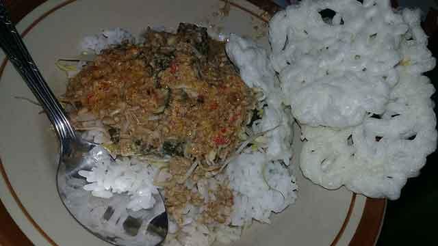 nasi  sambal tumpang kediri