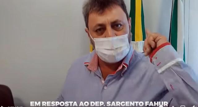 """Nova CAntu: """"O senhor experimente vir engraxar o bigode em Nova Cantu pra ver se não é multado também"""""""