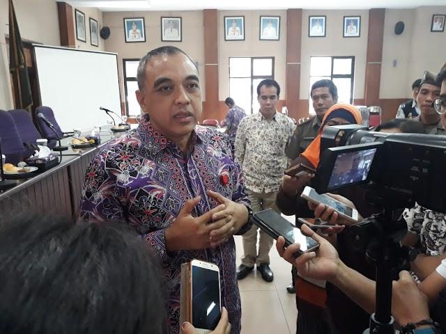 Bupati Zaki : Pemkab Tangerang Hanya Membatasi Jam Operasional Ankutan Kendaraan Berat