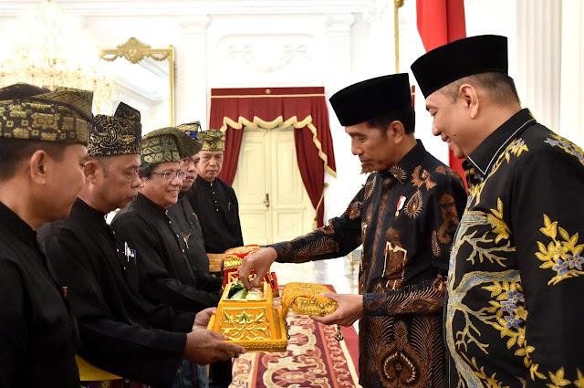 Apresiasi Kinerja Jokowi, LAM Riau akan Anugerahkan Gelar Adat