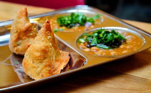 Samosas : How did they come in Nepal and become everyone's loved food?