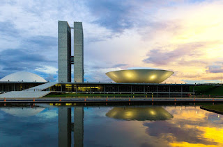Privilégios dos políticos em Brasília