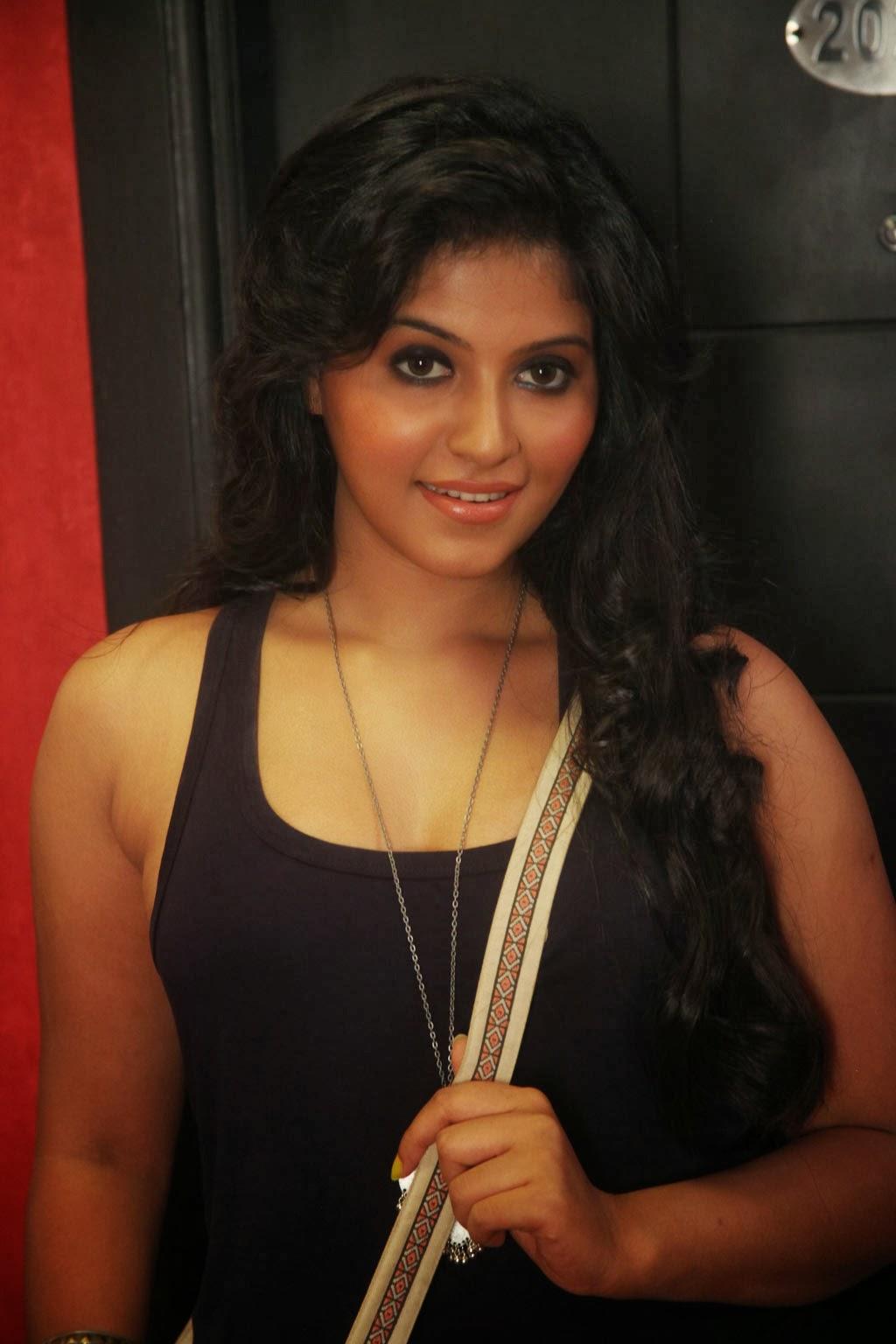 Actress Anjali Hot Photo Collections  No1Hdwallpapers-4831
