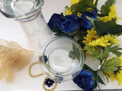 Do you need a quick, cheap, easy, but elegant, beautiful centerpiece for your next party? This angel centerpiece is perfect and can be made in just a few minutes for a spectacular addition to your table.