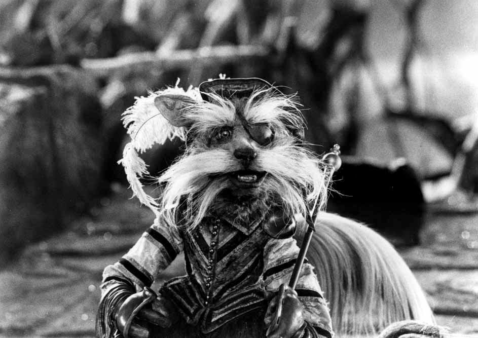 The Owl's Skull: 10 Reasons The Movie Labyrinth Is Awesome