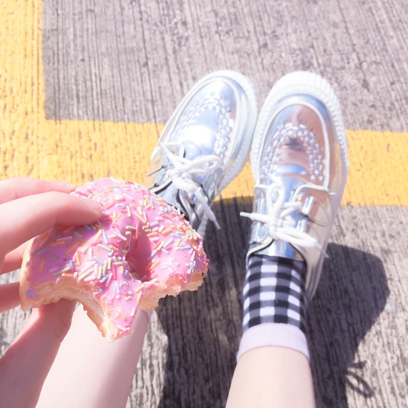 GINGHAM AND DOUGNUTS