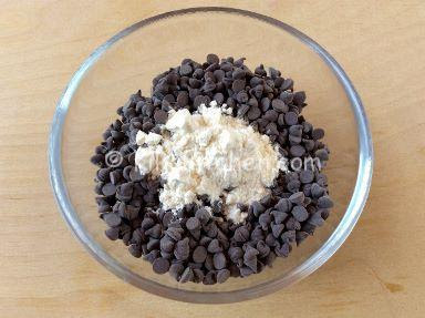 كيك بحبيبات الشوكولاته cake aux pépites de chocolat