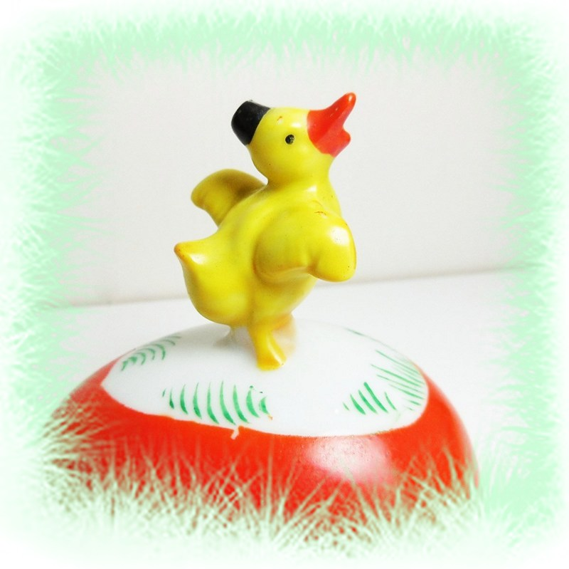 Easter Egg Duck Vintage circa 1960 Japan