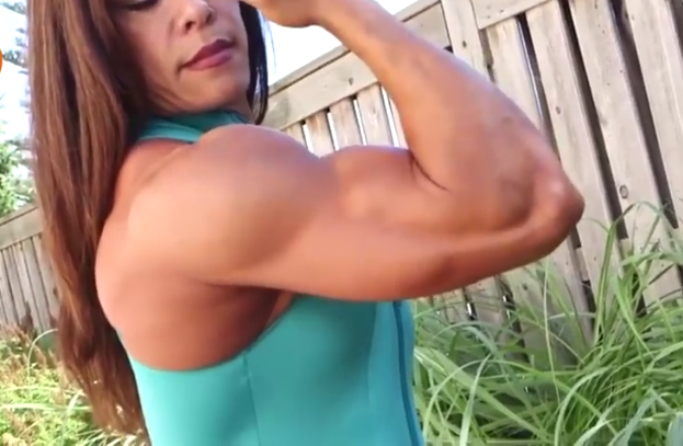 Video bodybuilding female muscle body building just looks