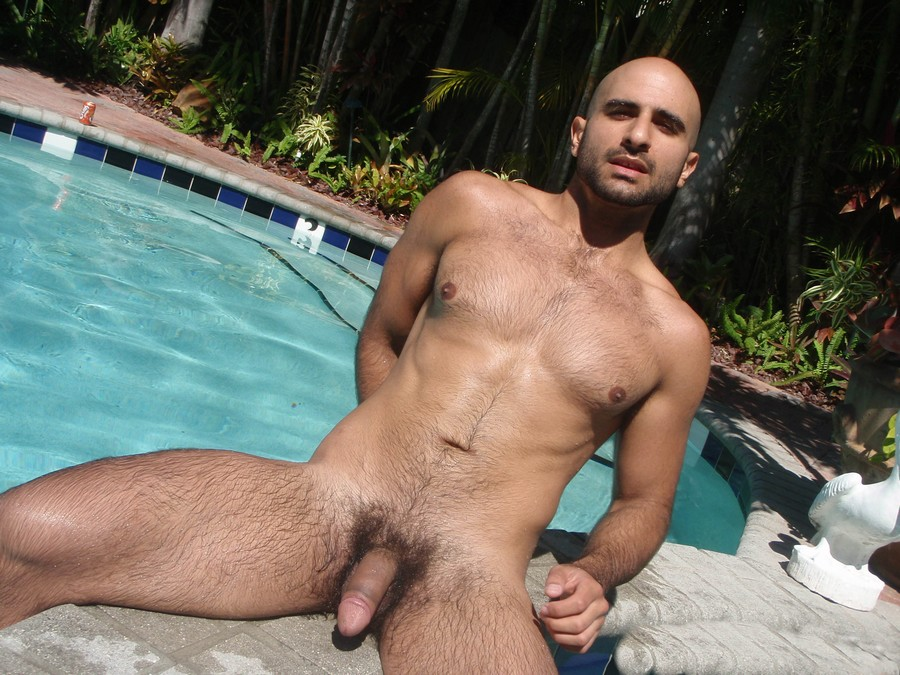 porn gay young muscle hot