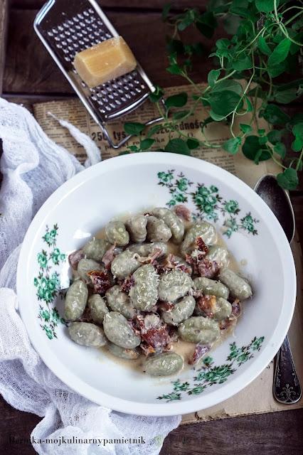 gnocchi, szpinak, obiad, makaron, kluski, gorgonzola, bernika, kulinarny pamietnik