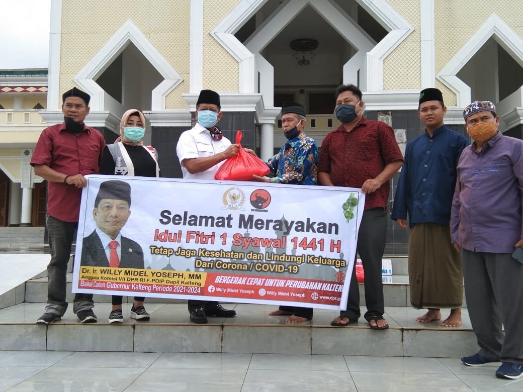 Peduli Covid- 19, Anggota DPR RI Salurkan Sembako