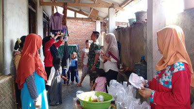 Posyandu: Babinsa Dampingi Bidan Desa Cek Kesehatan Balita